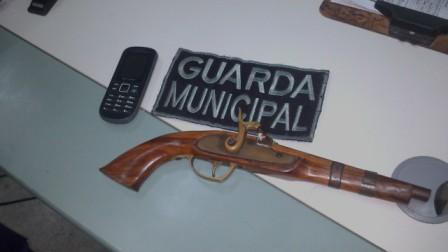 SMSPC/GME flagra elemento com arma de fogo