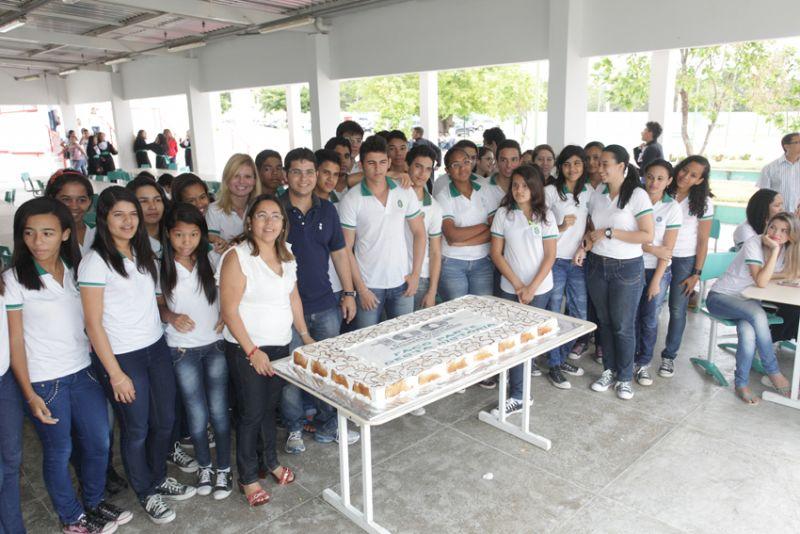 Escola Profissional comemora inauguração da 100ª unidade