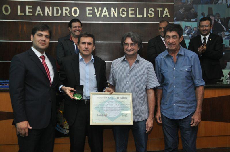 Prefeitura entrega Medalha Eusébio Selo Verde