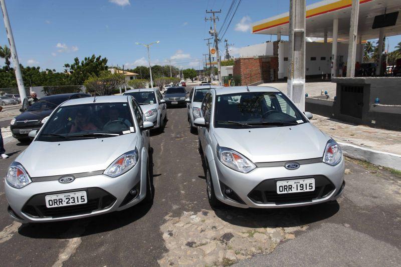 Eusébio recebe cinco veículos para o PSF