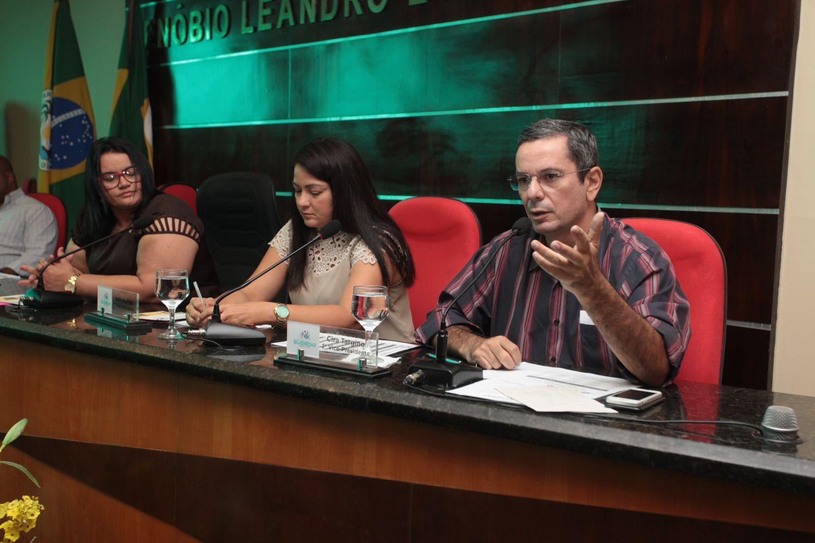 Secretário de Finanças explana sobre o Refis Municipal na Câmara dos Vereadores