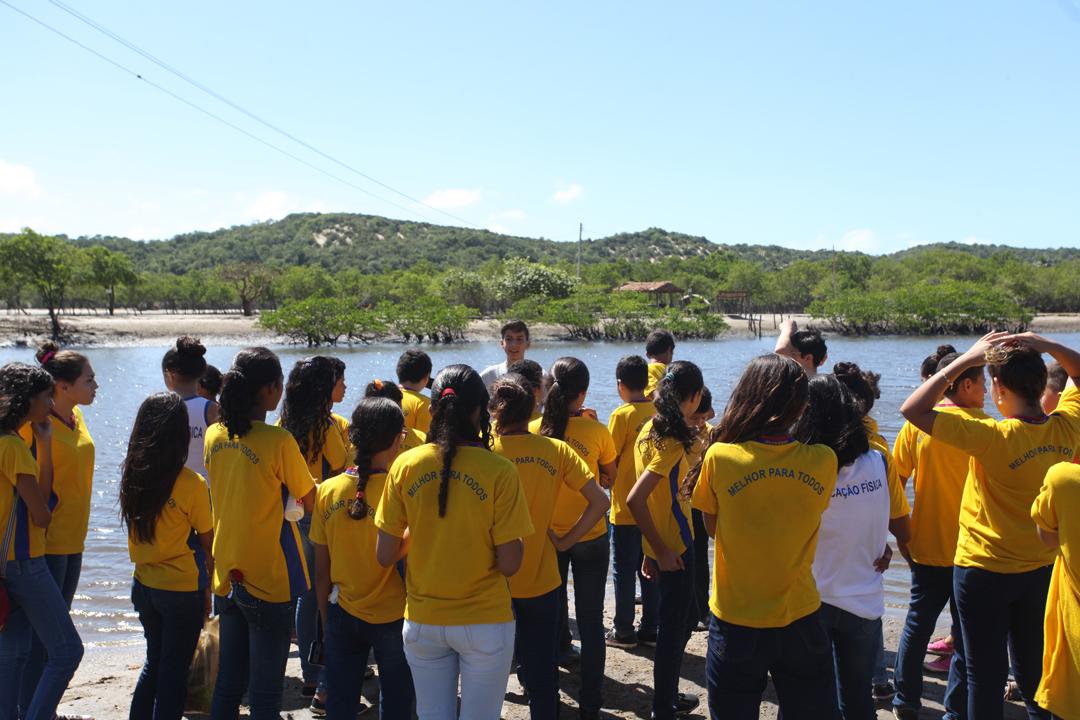Alunos de Eusébio conhecem a história e o patrimônio do município, nos 30 anos de sua emancipação