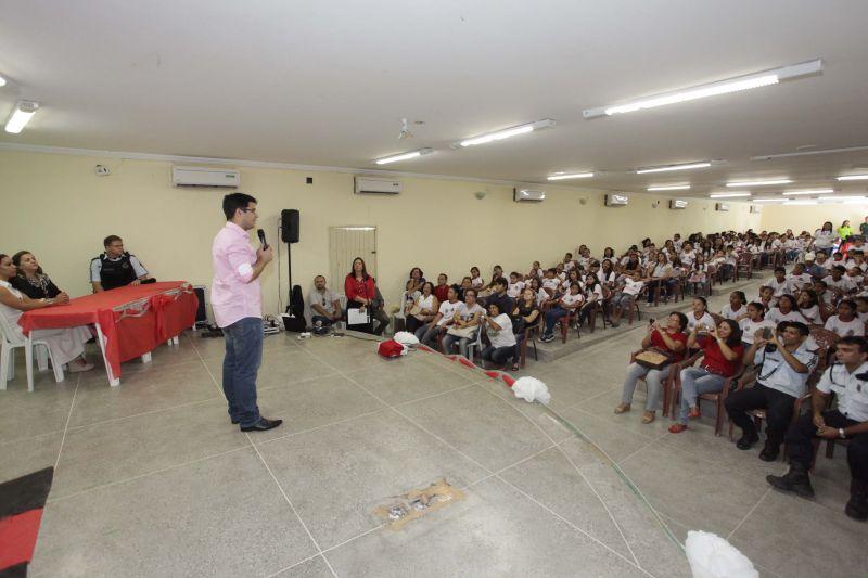 Eusébio forma 200 crianças na prevenção às drogas