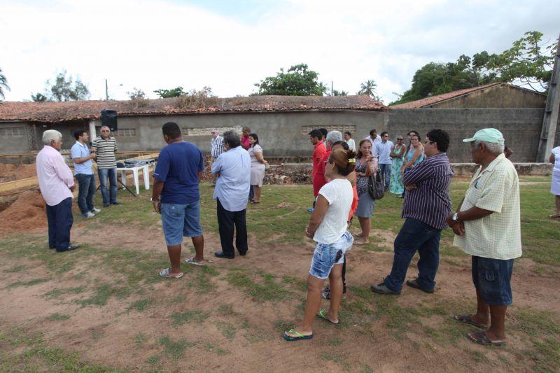 Prefeito Júnior lança pedra fundamental da Academia de Saúde da Mangabeira