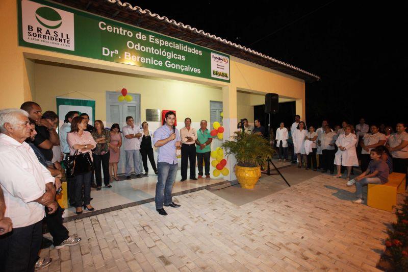 Eusébio reinaugura o Centro de Especialidades Odontológicas