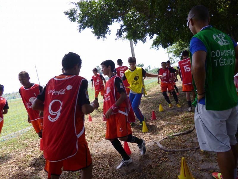 Equipes do Eusébio participam da Copa Coca Cola de Futebol