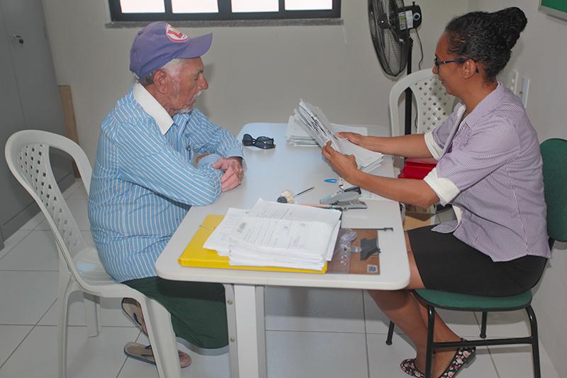 Eusébio convoca idosos que recebem o BPC para regularizar inscrição no Cadastro Único