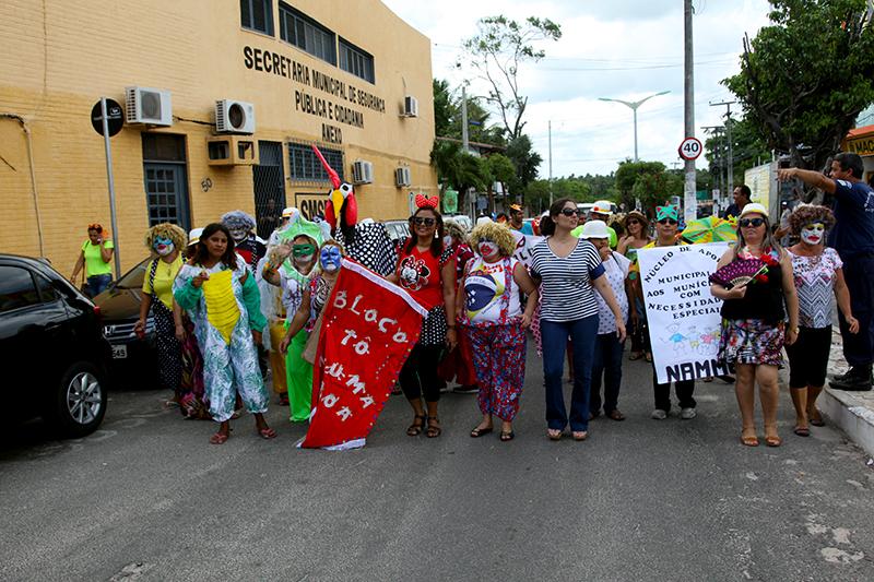 12º CarnaCaps anima ruas do Centro do Eusébio
