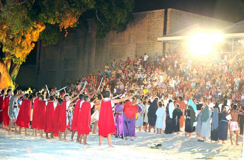 Cultura inicia ensaios da Paixão de Cristo 2014