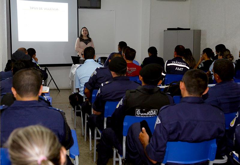 Secretaria de Segurança de Eusébio realiza formação continuada dos Guardas Municipais