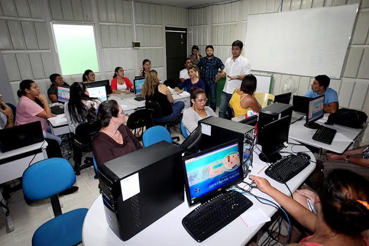 Servidores fazem treinamento do Sistema de Gestão e Saúde